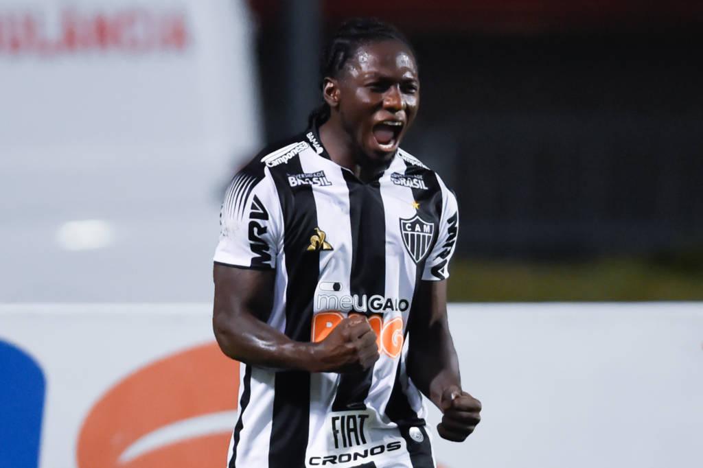 Atlético Mineiro bate o Santos e avança na Copa do Brasil