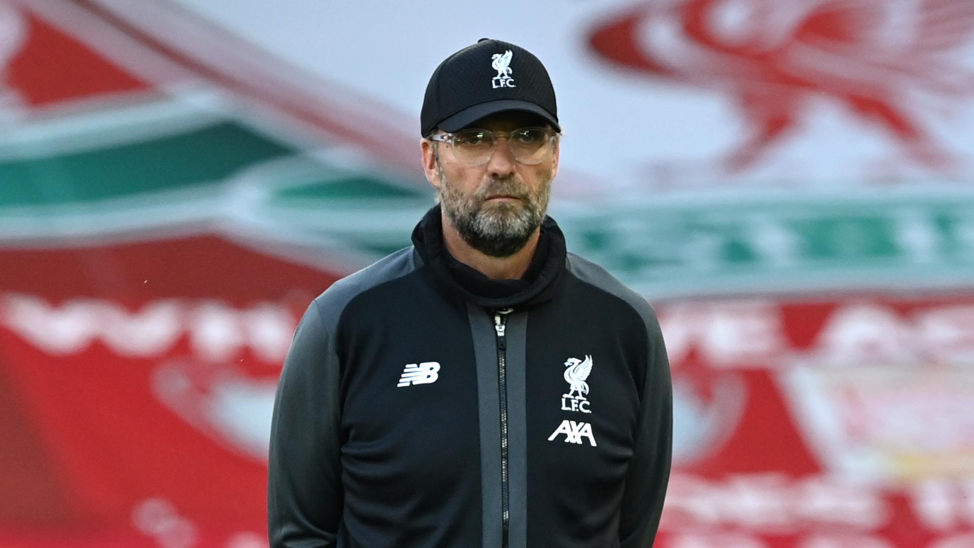 Joe Gomez: Zagueiro do Liverpool sofreu lesão enquanto treinava