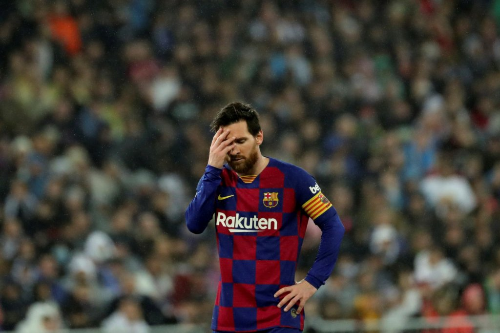 Toque de Karatê de Lionel Messi para Argentina x Paraguai