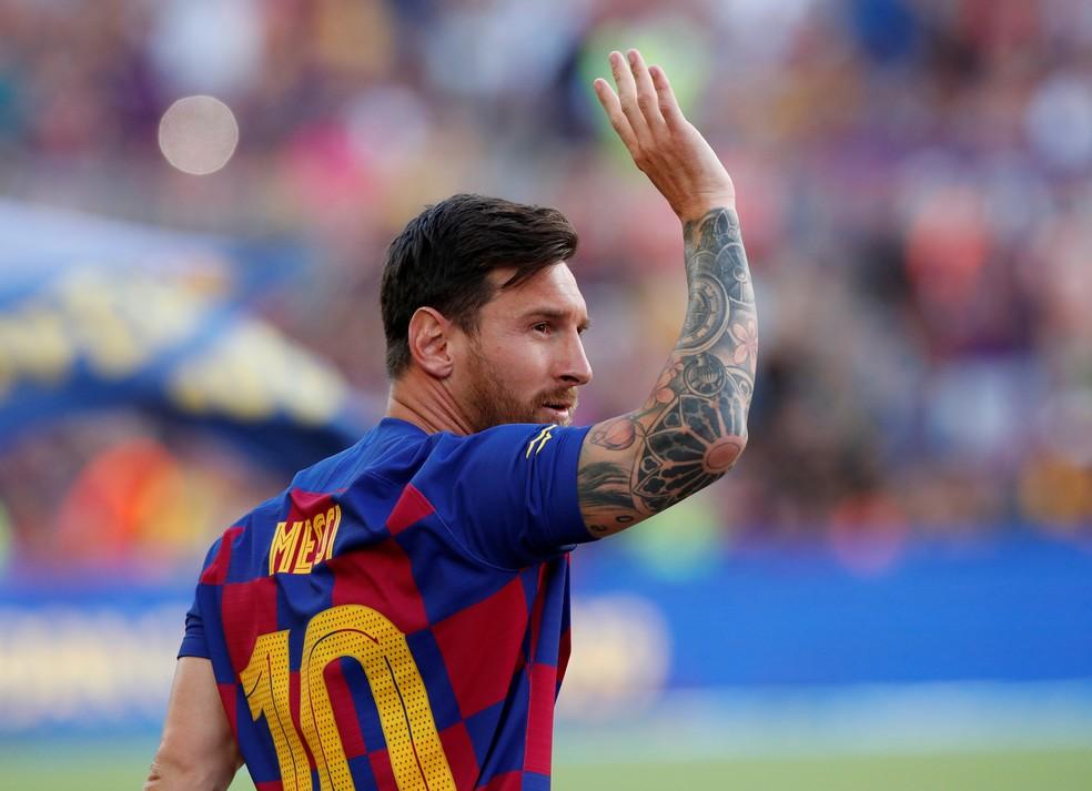"""Lionel Messi quer """"felicidade"""" e não dinheiro no Barcelona"""