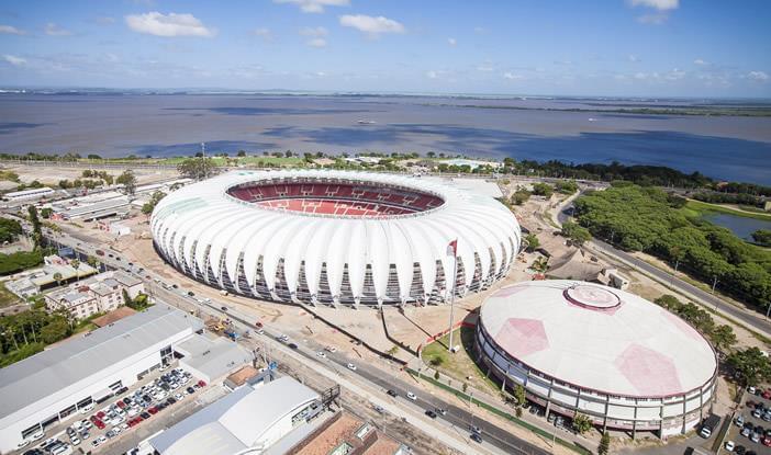Conheça os 10 estádios mais famosos do Brasil
