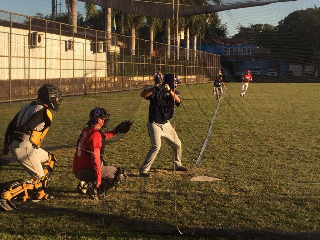 Entenda as principais diferenças entre Softbol e Beisebol