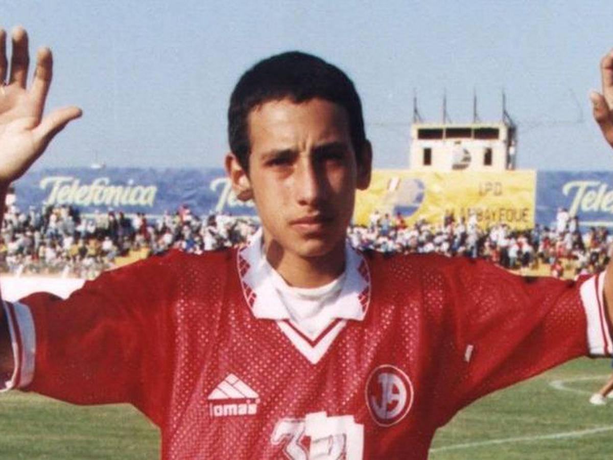 Saiba a história do jogador de futebol mais jovem do mundo