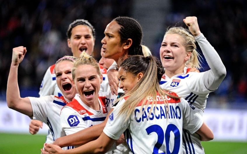 Conheça os 5 clubes de futebol feminino que já foram campeões mundiais