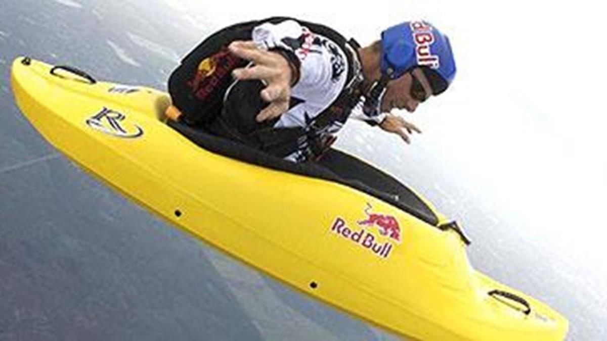 Paraquedismo com surfe? Esse esporte existe mesmo