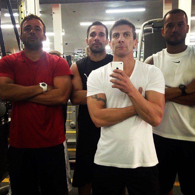 Esses 7 jogadores de futebol aderiram a febre do Crossfit