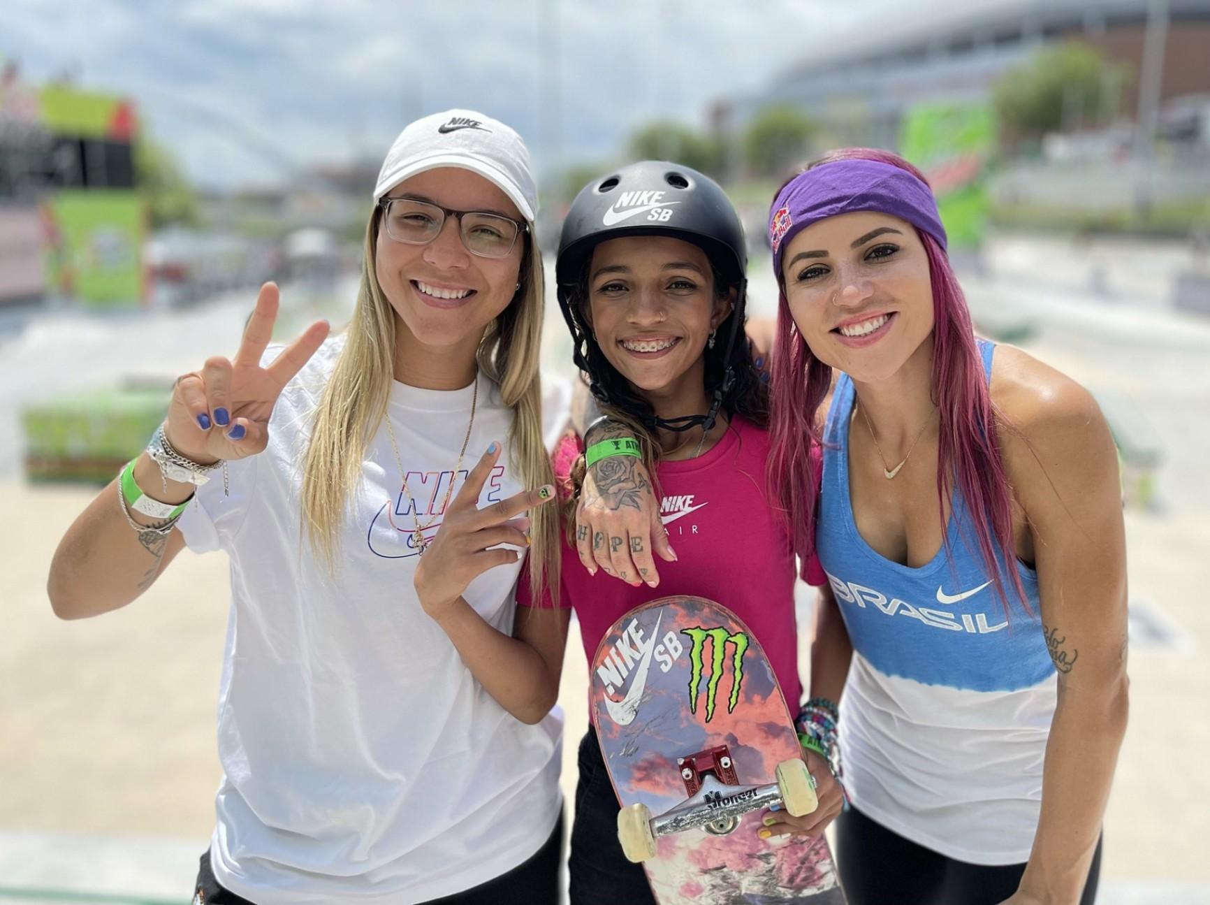 Quem é a fadinha do skate, que tem medalha olímpica aos 13 anos